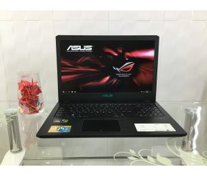 Asus F570Z R5-2500/8GB/SSD 180GB+1TB/1050 4GB